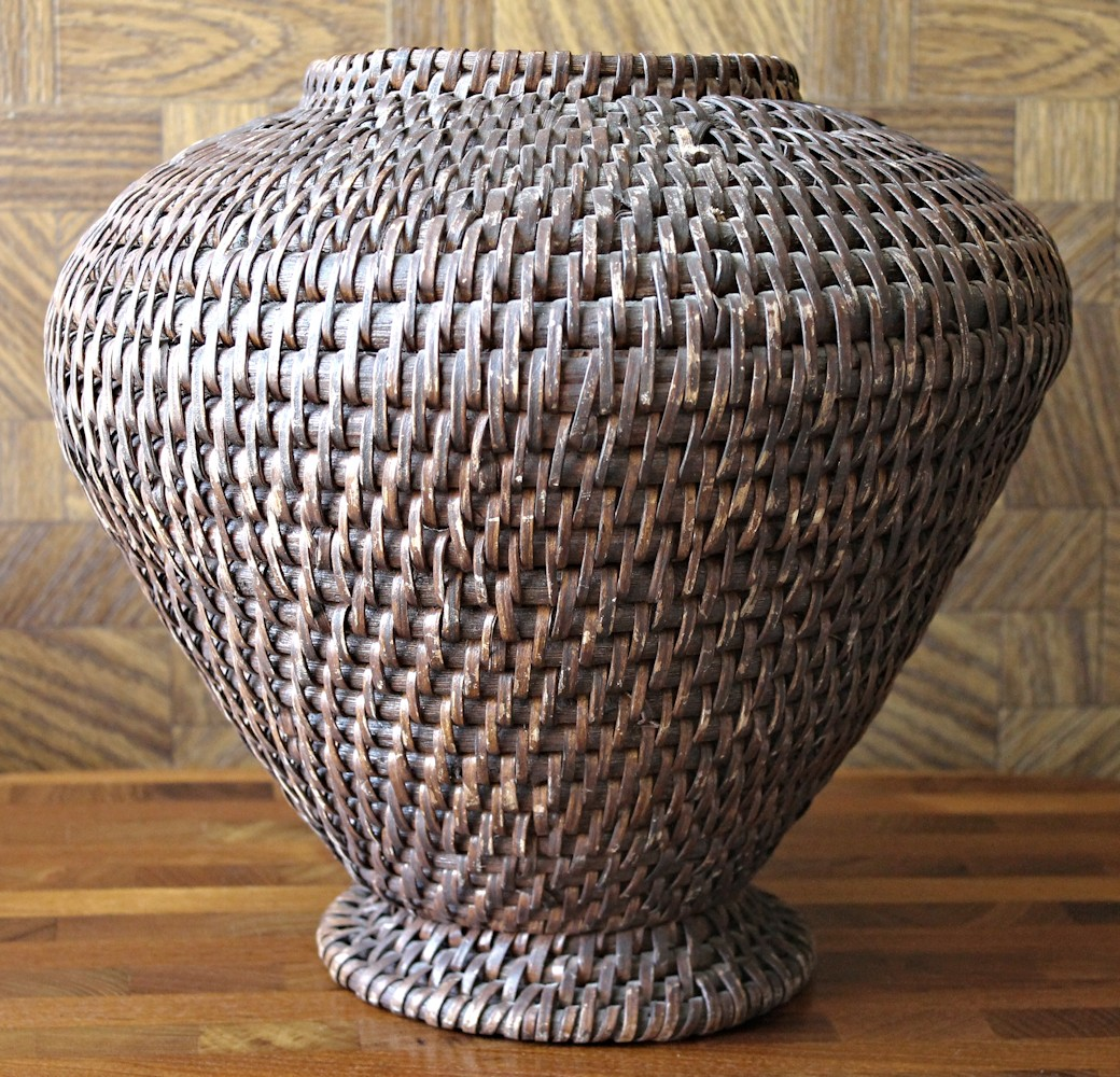 Basket Weaving Of Ifugao : Graceful vintage ifugao ulbong rice basket with footed
